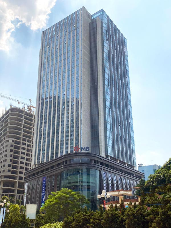 mb-grand-tower-1