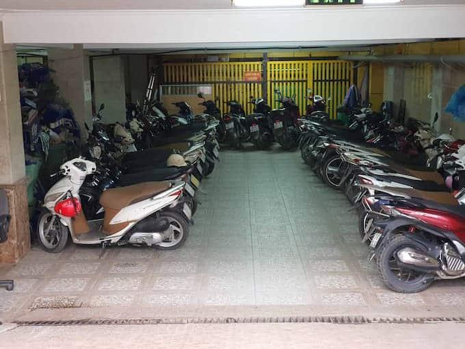 Hầm gửi xe tại tòa nhà văn phòng Tim Building Duy Tân